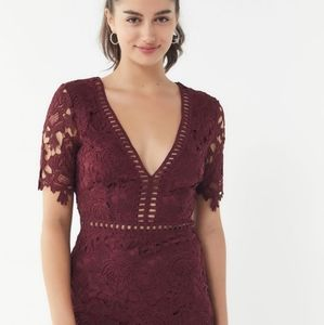 🗝️NWT URBAN OUTFITTERS floral lace mini dress🗝️